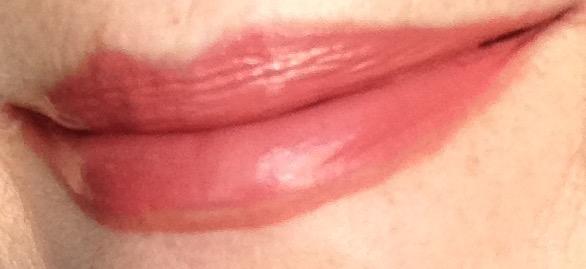 Fiona Stiles Ultrasuede Lip Color in Lenox on my lips with Tarteist Lipliner in Latergram neversaydiebeauty.com @redAllison