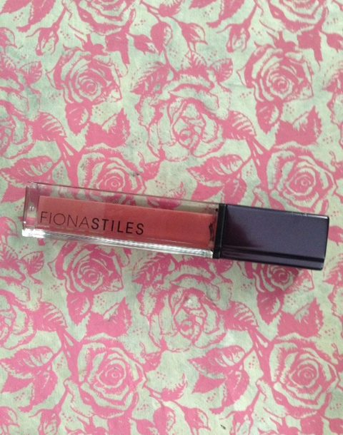 Fiona Stiles Ultrasuede High Intensity Lip Color in Lenox, a peachy dusty rose shade neversaydiebeauty.com @redAllison