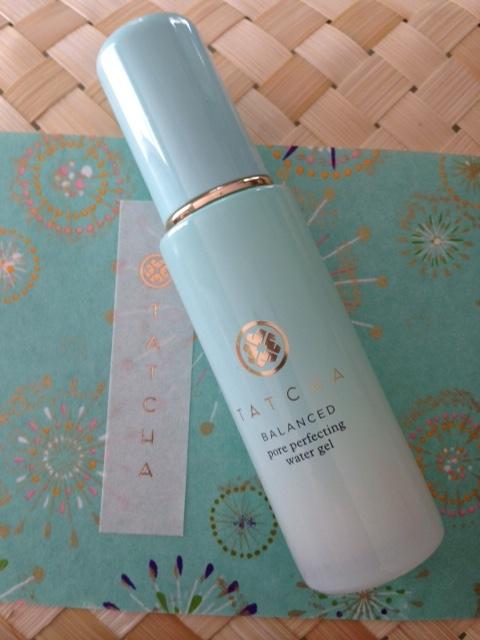 Tatcha Balanced Pore Perfecting Water Gel Moisturizer on Tatcha rice paper and straw box neversaydiebeauty.com