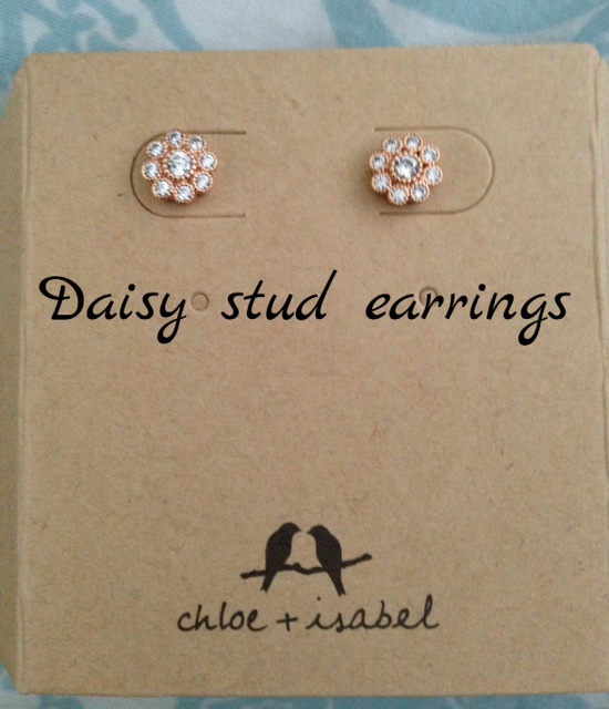 Chloe+Isabel Daisy stud earrings neversaydiebeauty.com