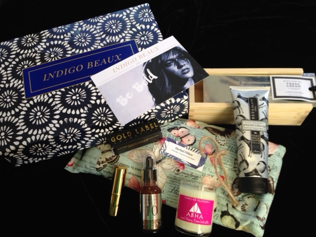 products in the Be Bold subscription box for July 2016 from Indogo Beaux neversaydiebeauty.com