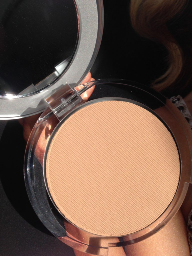 PUR Cosmetics 4-in-1 Pressed Powder Mineral Makeup in Blush Medium neversaydiebeauty.com