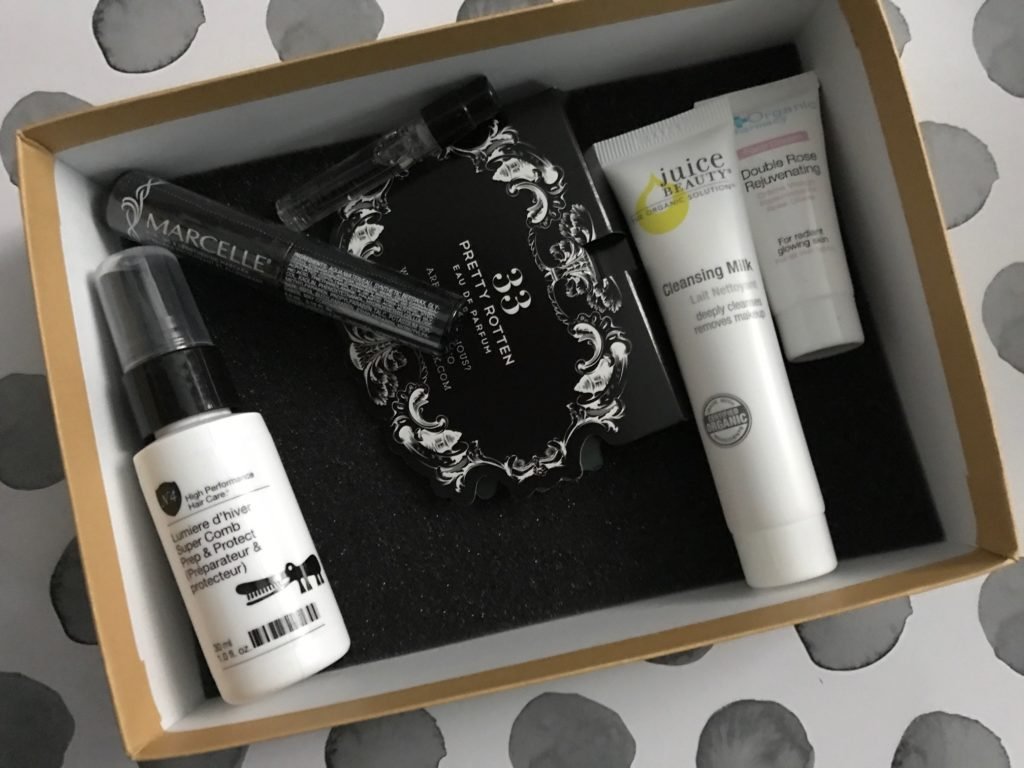Birchbox October 2016 items in the box neversaydiebeauty.com