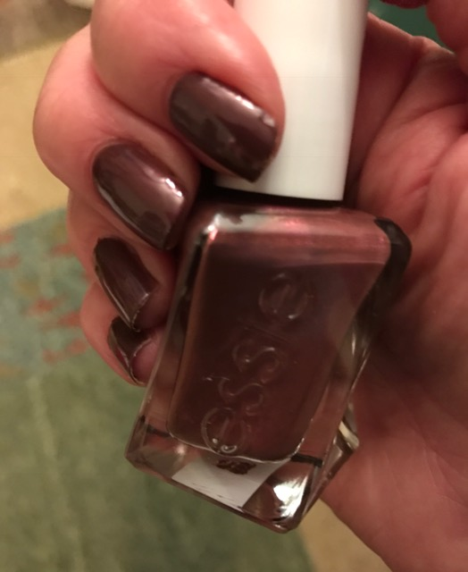 Essie Gel Couture Pearls of Wisdom nail polish bottle & my nails, neversaydiebeauty.com