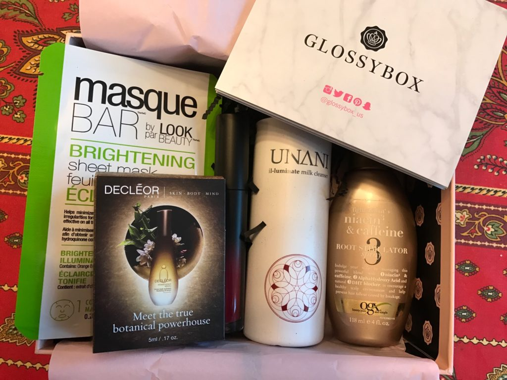cosmetics inside the October 2016 Glossybox neversaydiebeauty.com