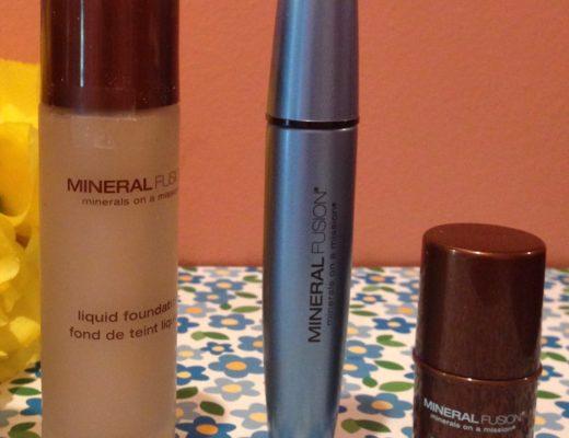 Mineral Fusion foundation, mascara and blush neversaydiebeauty.com