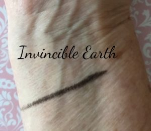 StudioGear gel eyeliner swatch Invincible Earth brown