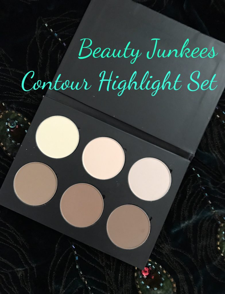 Beauty Junkees Contour Highlight Kit open, neversaydiebeauty.com
