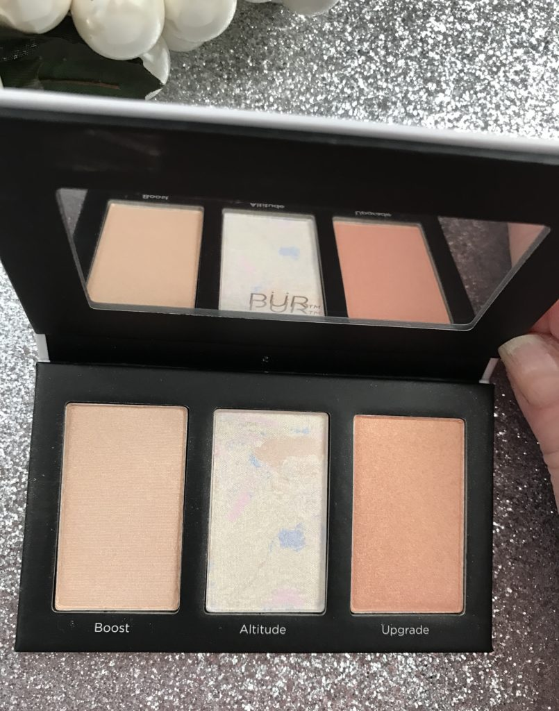 PUR Cosmetics Elevation highlighter palette closeup, neversaydiebeauty.com