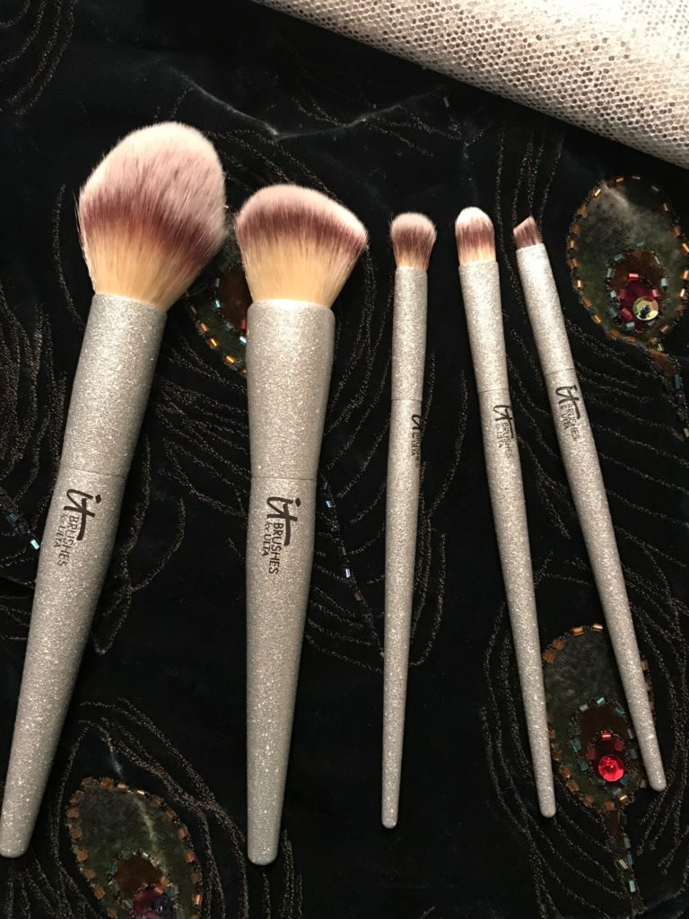 closeup of the All That Glitters makeup brushes from IT Cosmetics for Ulta, neversaydiebeauty.com