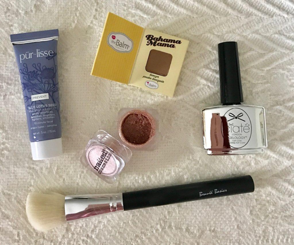 cosmetics from the ipsy Metropolis bag January 2017, neversaydiebeauty.com