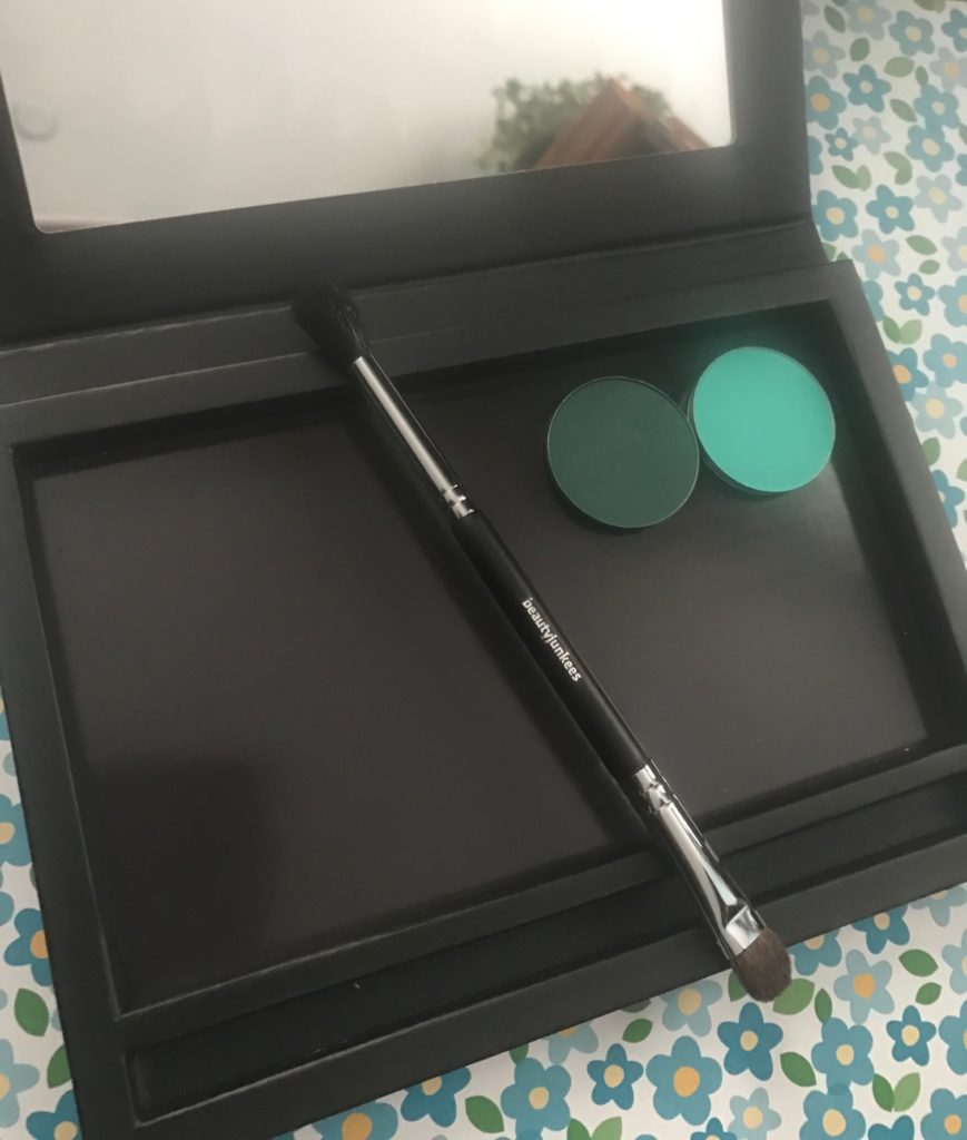 Beauty Junkees Large Magnetic Makeup Palette with double-ended eyeshadow brush, open, neversaydiebeauty.com