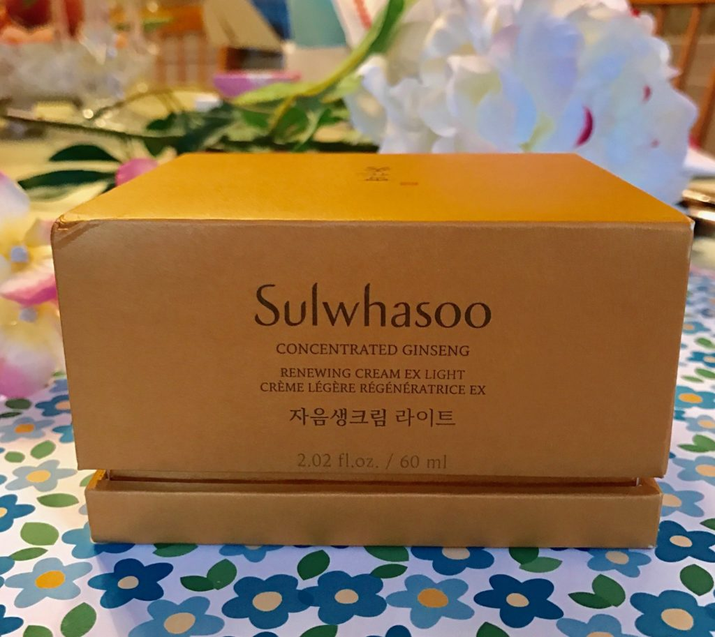 Sulwhasoo Concentrated Ginseng Renewing Cream Ex Light outer packaging, neversaydiebeauty.com
