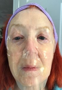me wearing Masqueology Collagen Hydrolyzed Goldmask, neversaydiebeauty.com