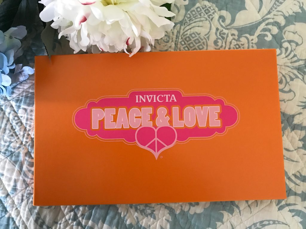 Invicta Lupah Watch presentation box, neversaydiebeauty.com