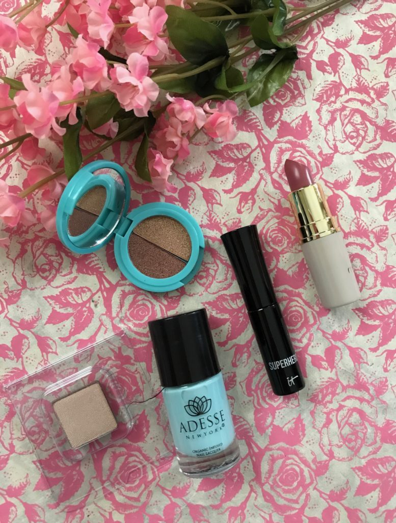 Ipsy May 2017 Summer Friday glam bag cosmetics, open to show shades, neversaydiebeauty.com