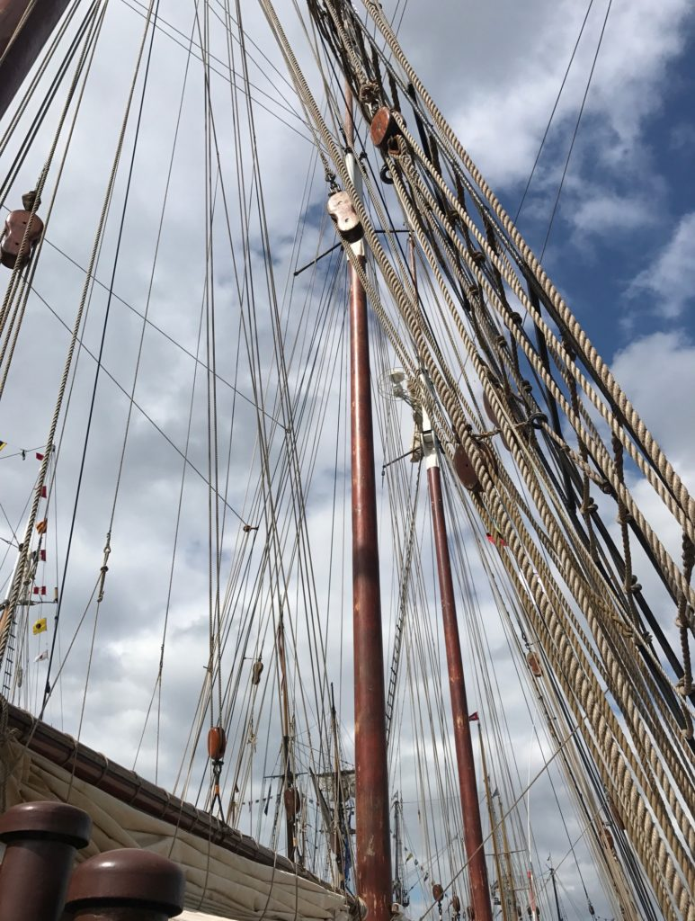 rigging of the Dutch freighter, Oostershelde at Sail Boston, neversaydiebeauty.com