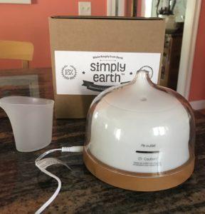 Simply Earth recipe box & diffuser kit, neversaydiebeauty.com