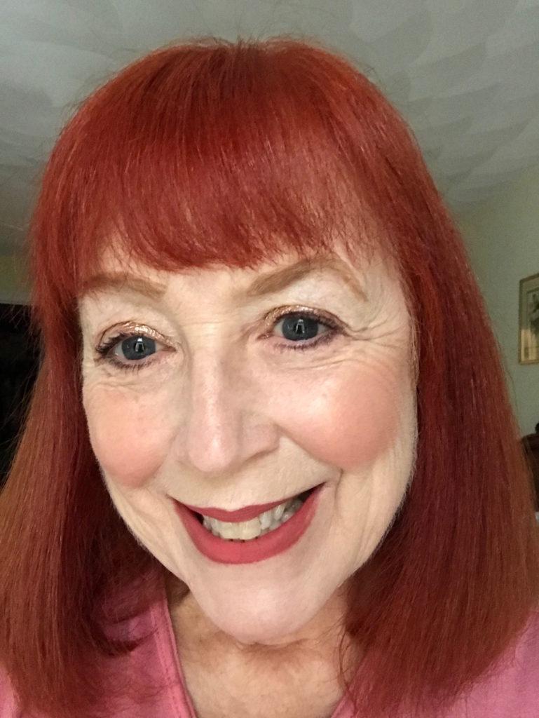 me wearing gold gold makeup, neversaydiebeauty.com