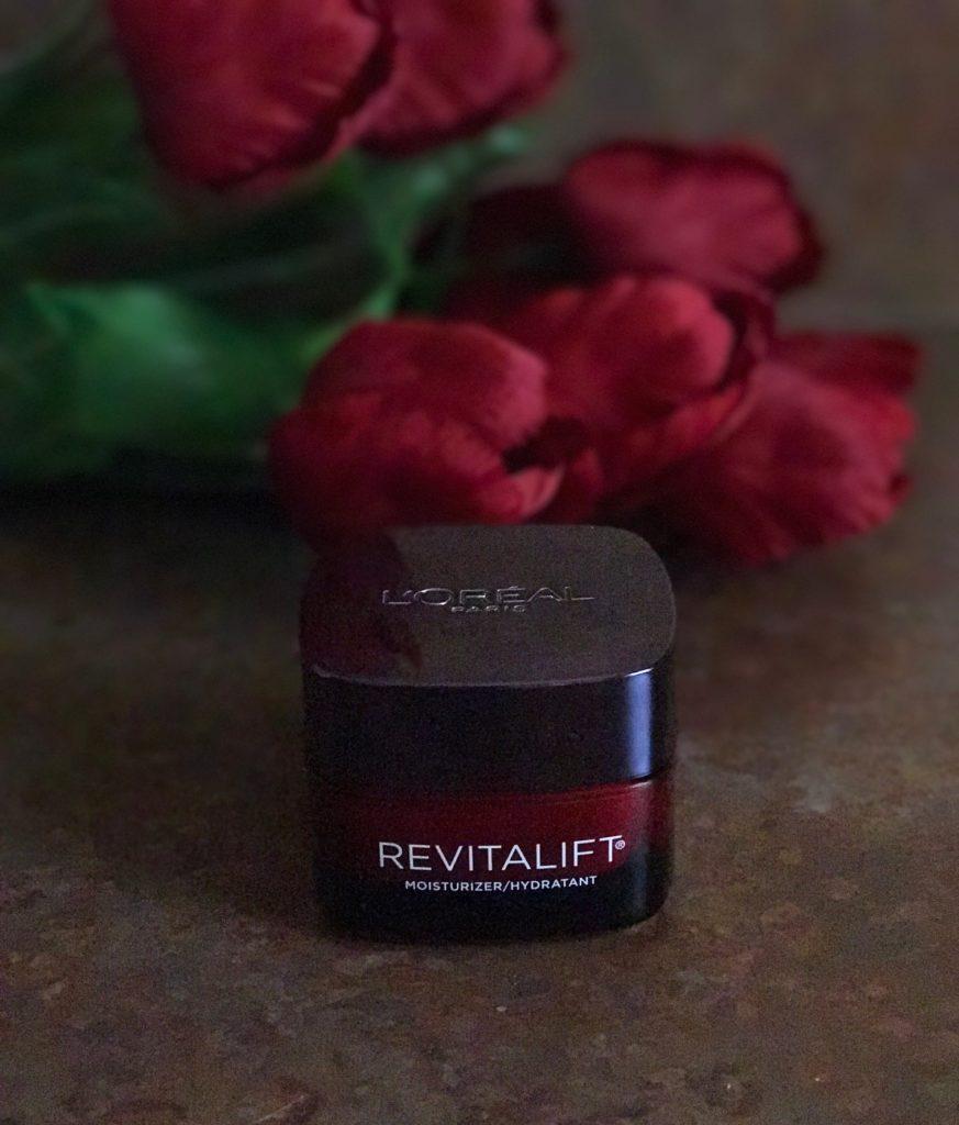 L'Oreal Revitalift Triple-Power Deep-Acting Moisturizer jar, neversaydiebeauty.com