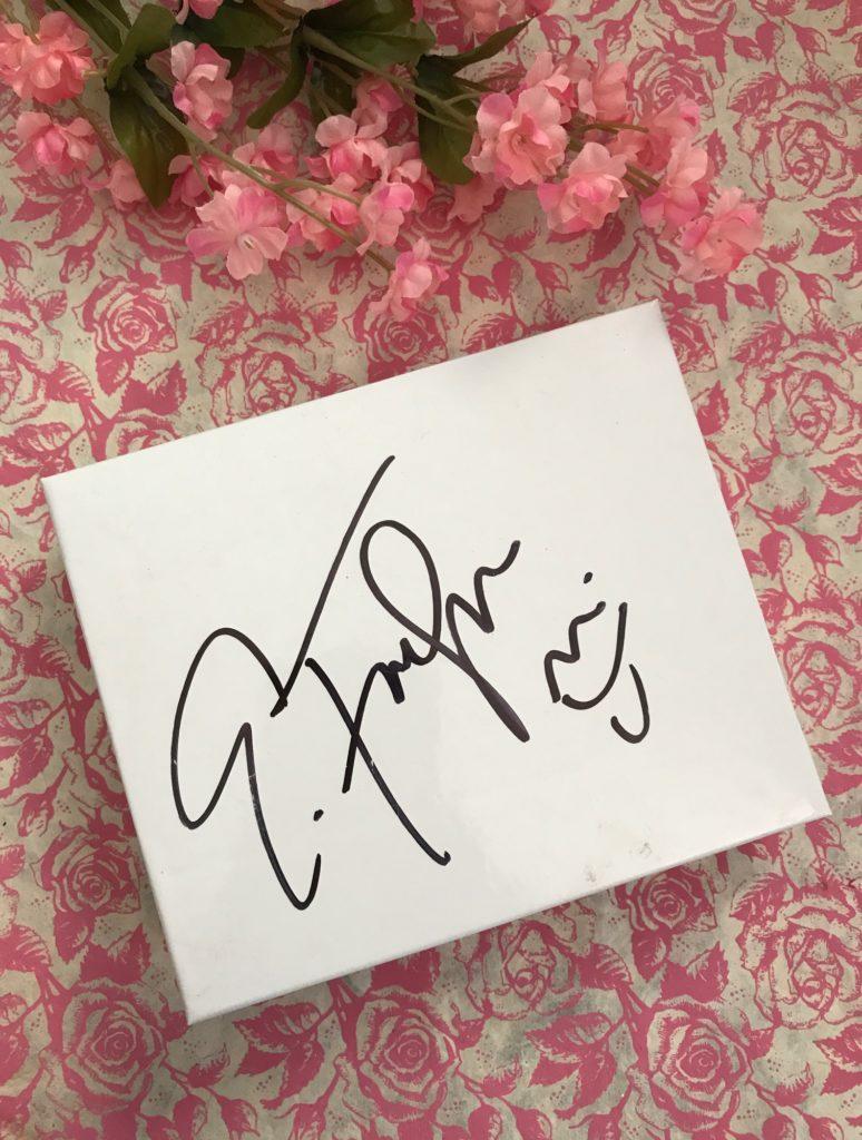Eddie Funkhouser MUA autograph, neversaydiebeauty.com