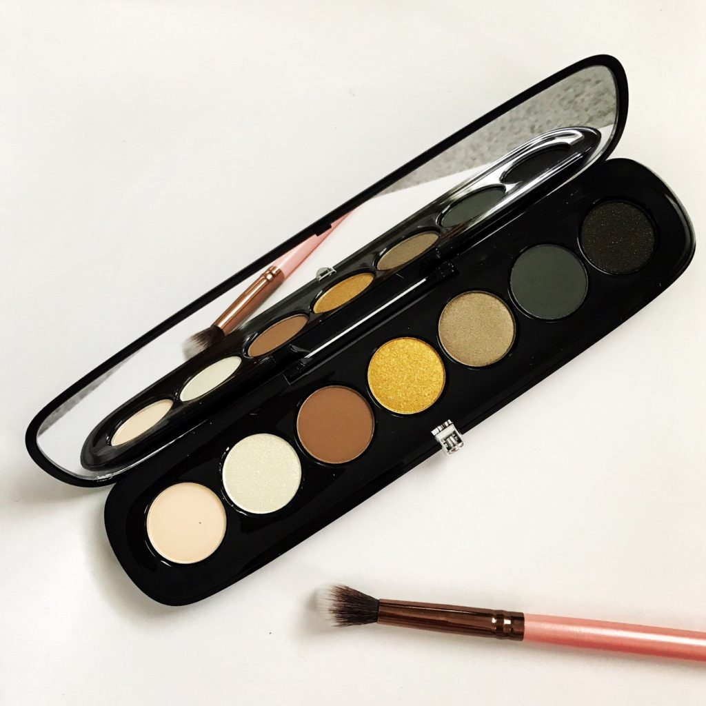 Marc Jacobs Beauty Eye-Conic Edgitorial eyeshadow palette open to show the green-gold shades and mirror, neversaydiebeauty.com