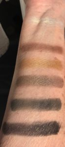 Marc Jacobs Eye-Conic shadow palette Edgitorial swatches direct sunlight, neversaydiebeauty.com