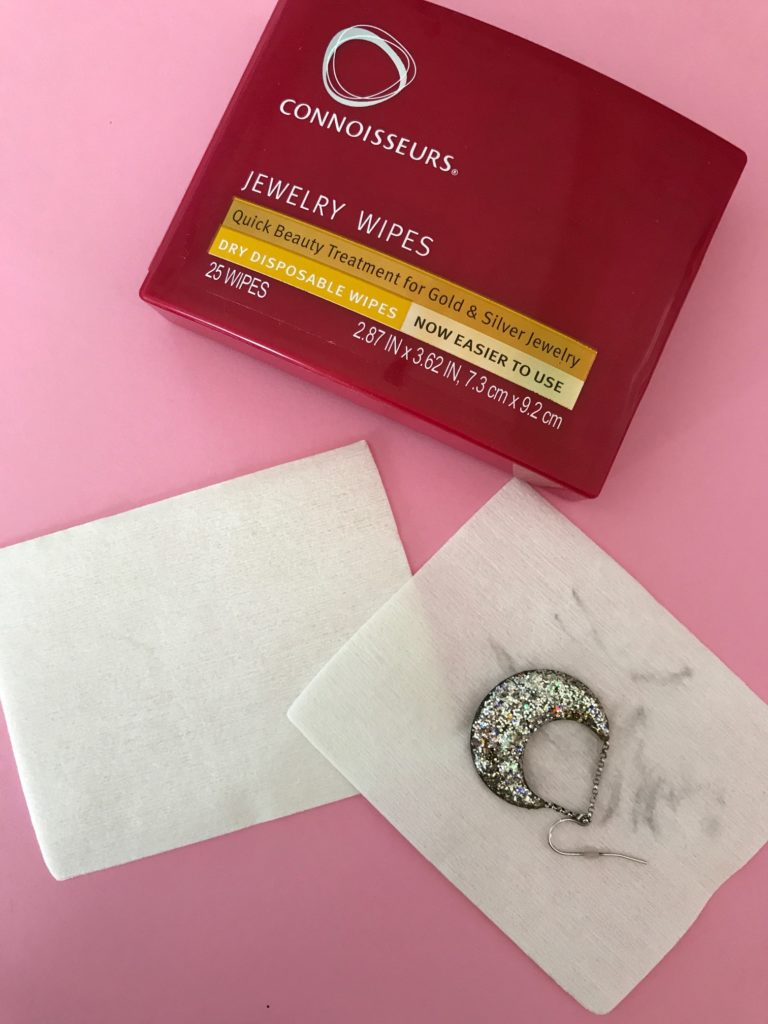 Connoisseurs Dry Jewelry Wipes in portable plastic container, neversaydiebeauty.com