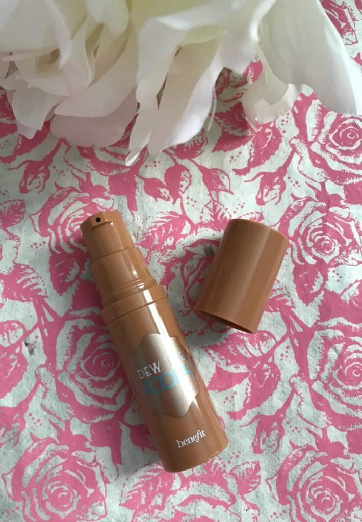 Benefit Dew the Hoola Soft Matte Liquid Bronzer with a pump applicator, neversaydiebeauty.com