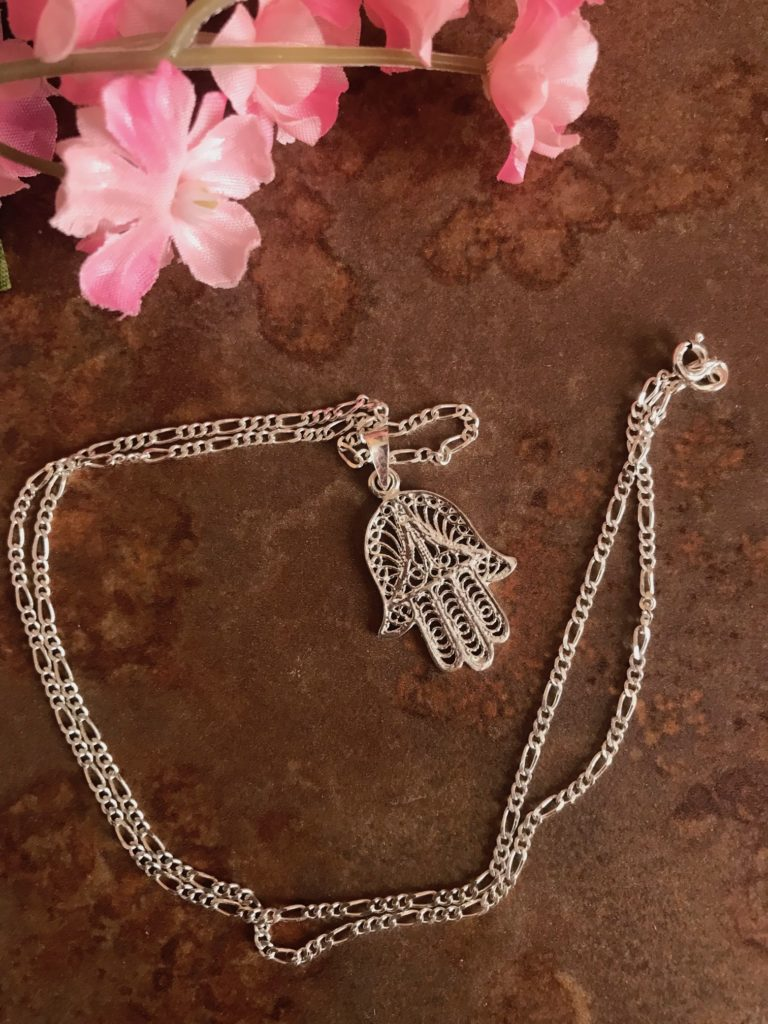 sterling silver hamsa necklace from Algeria, neversaydiebeauty.com